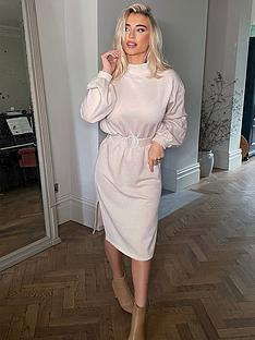 in-the-style-in-the-style-x-billie-faiers-high-neck-belted-dress-cream