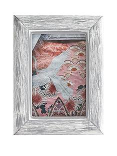 gisela-graham-grey-resin-wood-effect-photo-frame-4x6