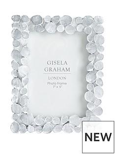 gisela-graham-white-wash-resin-photo-frame-4x6