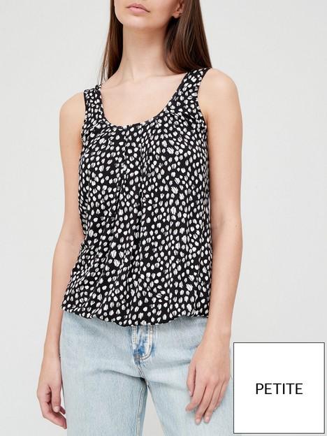 v-by-very-petite-bubble-hem-scoop-neck-vest-mono-print