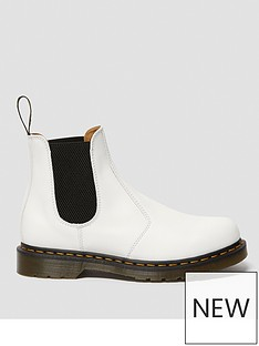 dr-martens-2976-ys-ankle-boot-white