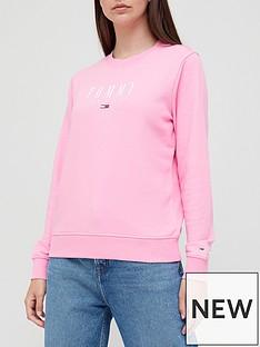 tommy-jeans-regular-essential-logo-t-shirt-pink