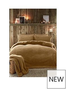 fusion-ribbed-teddy-fleece-duvet-cover-set-in-ochre