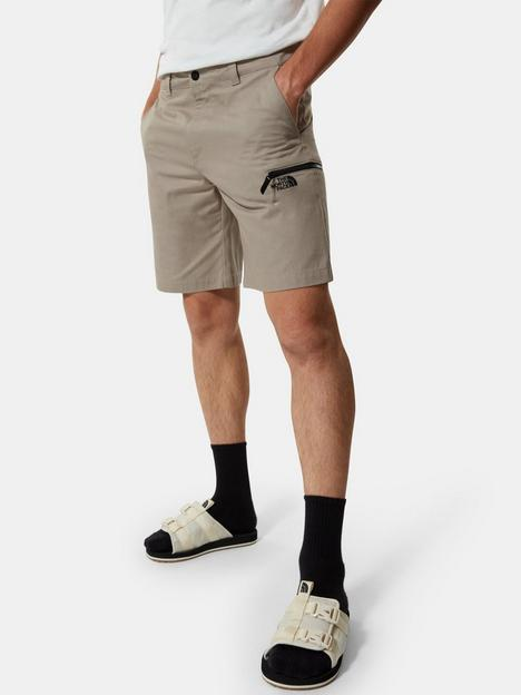 the-north-face-cargo-shorts-biege