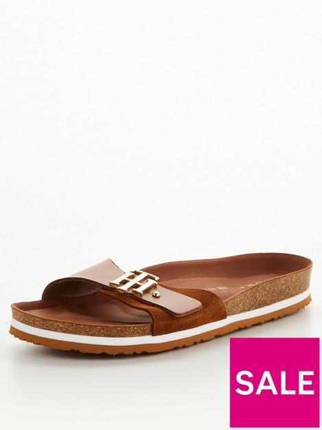 tommy-hilfiger-molded-footbed-sandal-tan