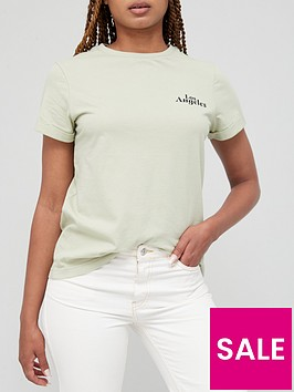 v-by-very-front-print-slogan-roll-sleeve-los-angeles-tee-green