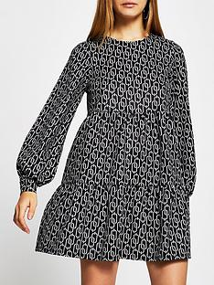 river-island-chain-print-mini-smock-dress-black