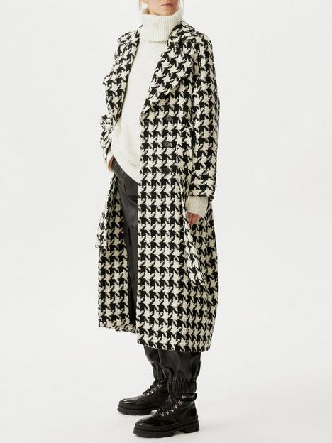 gestuz-unna-houndstooth-check-coat-blackwhite
