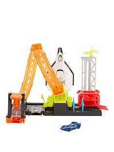 hot-wheels-city-super-rocket-blast-off-playset