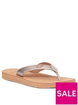 ugg-tawney-logo-flat-sandal--nbsprose-gold