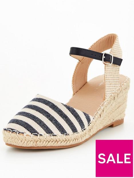 v-by-very-low-heel-closed-toe-wedge-navy-stripe