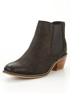 v-by-very-chestnut-leather-low-heel-ankle-boot-black
