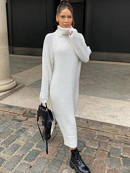 in-the-style-in-the-style-x-naomi-genes-stone-roll-neck-knitted-midi-dress-with-side-splits