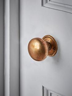 cox-cox-round-door-knob-antique-brass