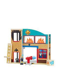 fireman-sam-firemans-sam-wooden-fire-station-with-figures-accessories