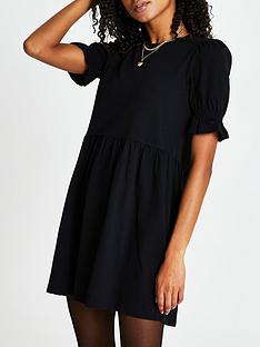 river-island-short-puff-sleeve-t-shirt-dress-black
