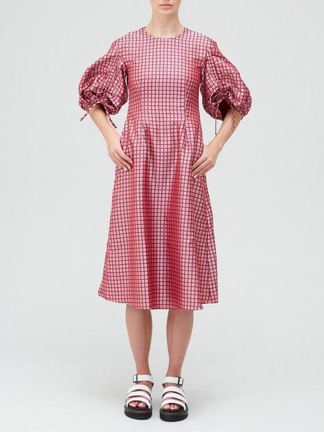 paper-london-orchid-statement-sleeve-midi-dress-pinkred
