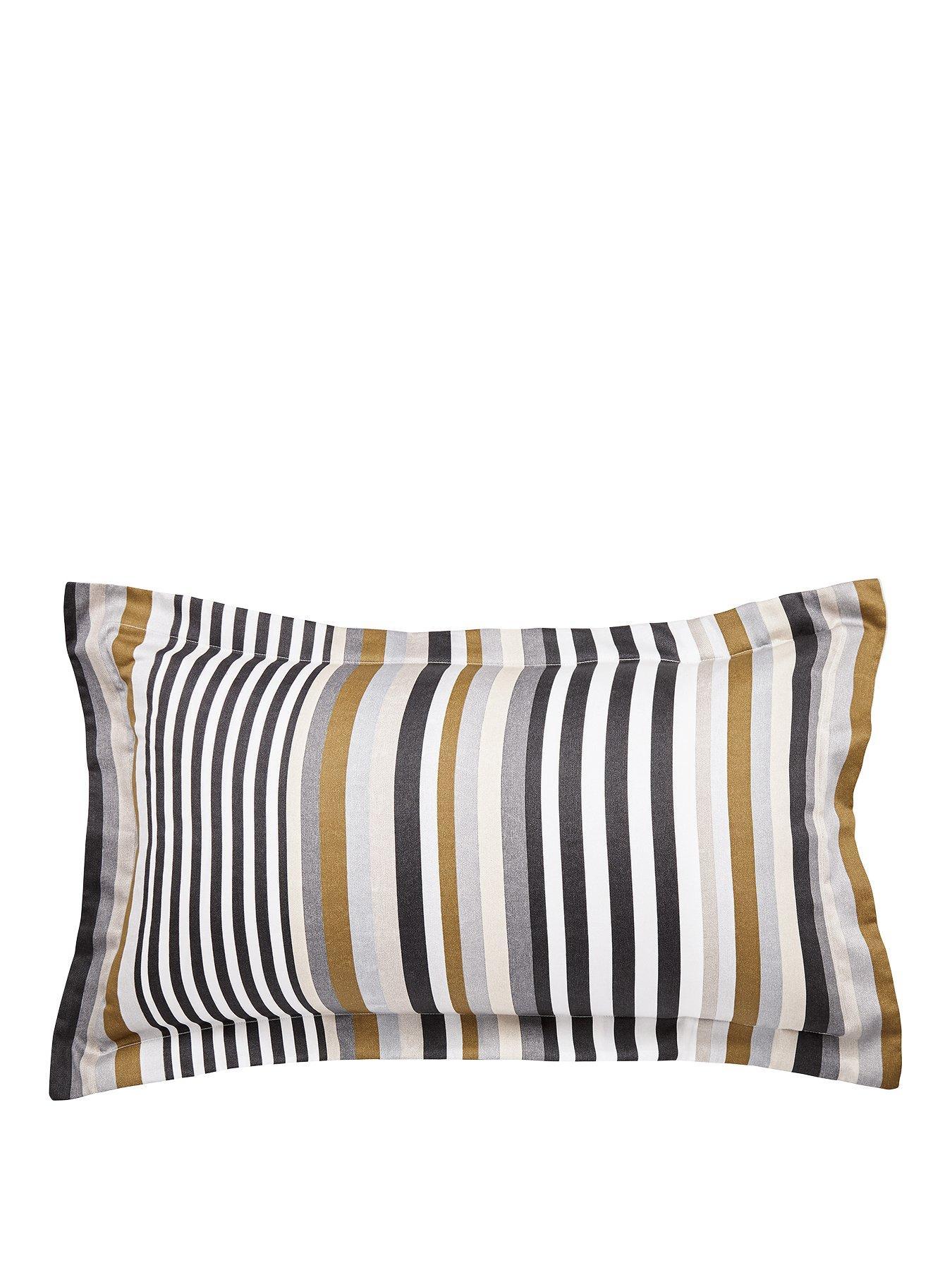 Harlequin Rosita Ofxford Pillowcase