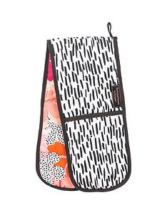 summerhouse-by-navigate-tribal-fusion-oven-gloves