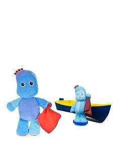 in-the-night-garden-in-the-night-garden-talking-igglepiggle-softie-and-floaty-boat-twin-pack