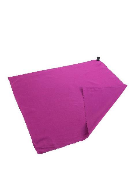 regatta-compact-travel-towel-pocket