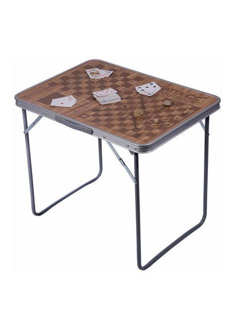 regatta-games-table