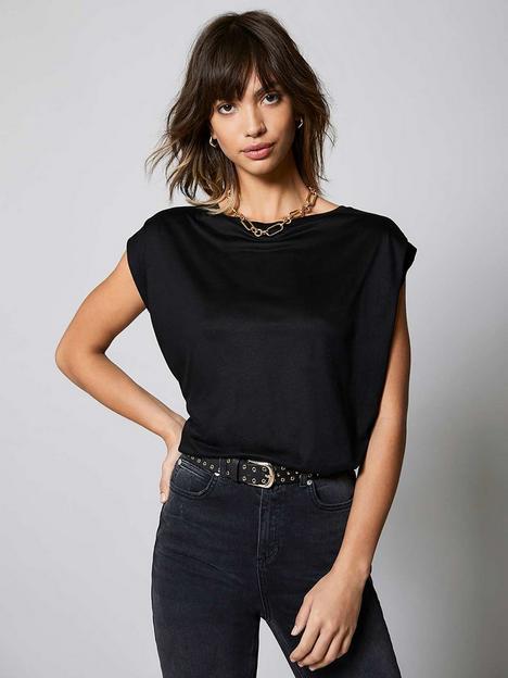 mint-velvet-extended-shoulder-t-shirt-black