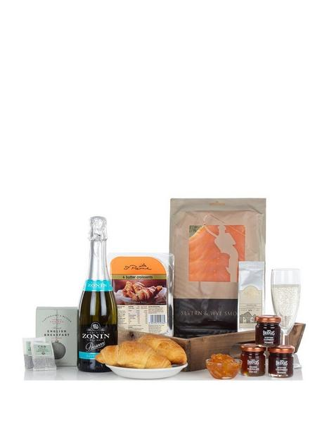 virginia-hayward-the-breakfast-tray
