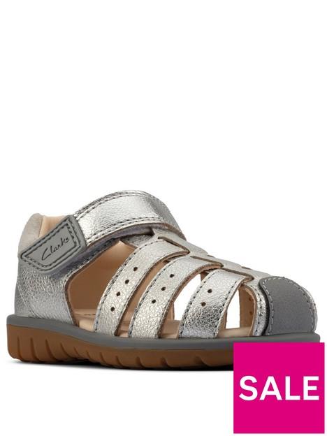 clarks-roam-bay-toddler-sandal-silver