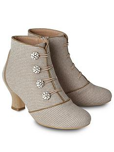 joe-browns-delightful-and-dainty-boots
