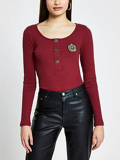 river-island-badge-detail-button-down-jersey-rib-top-red