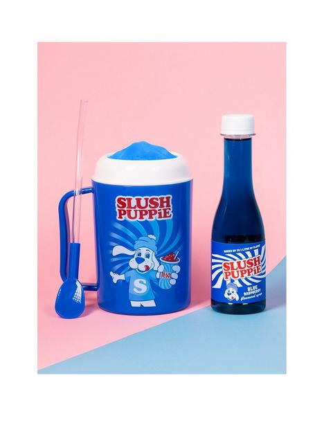 slush-puppie-slushie-making-cup-blue-raspberry-syrup-gift-set