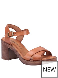 hush-puppies-georgia-heeled-sandal-tan