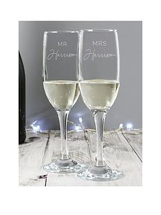 the-personalised-memento-company-personalised-mr-mrs-flute-set