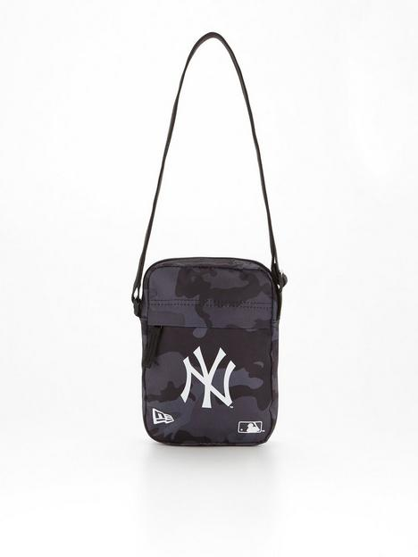 new-era-ny-yankees-camo-side-bag-navy