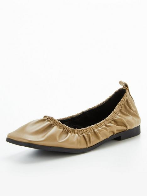 office-front-page-ruched-ballerina-khaki