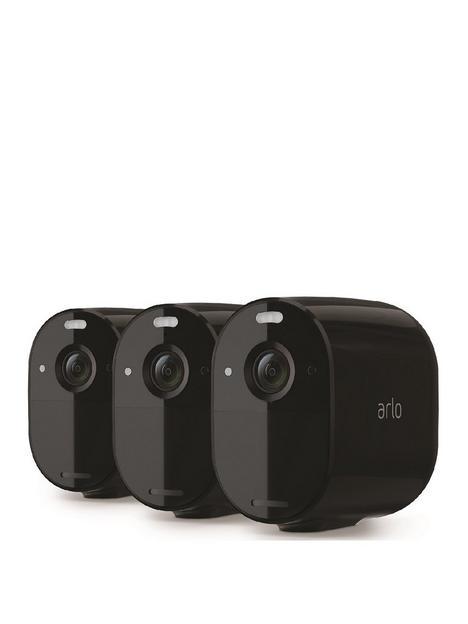 arlo-essential-spotlight-camera-3-pack-blk