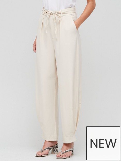 gestuz-klara-relaxed-slouch-pants-ivory