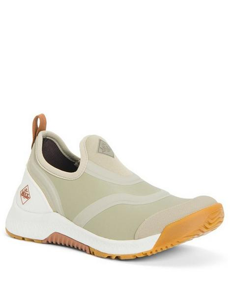 muck-boots-outscape-low-trainers-taupe