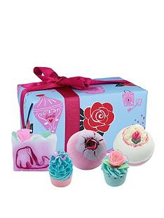 bomb-cosmetics-love-potion-bath-bomb-gift-set