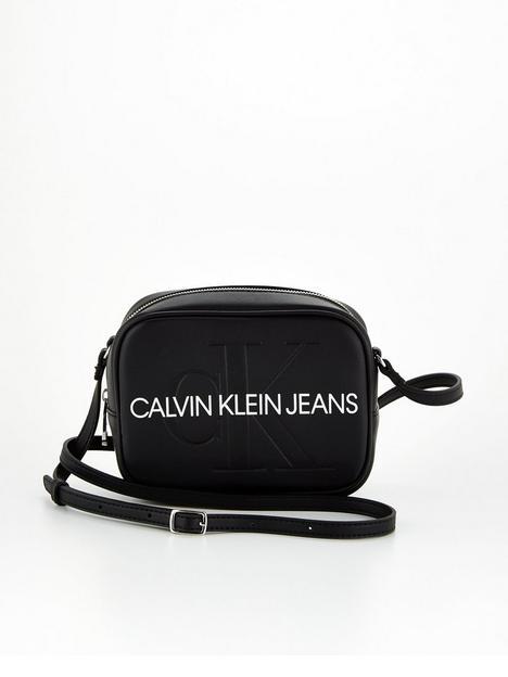 calvin-klein-jeans-large-logo-camera-bag-black