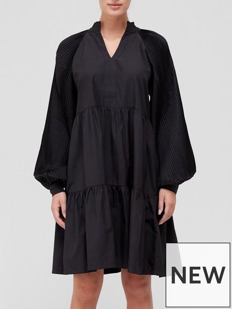 sofie-schnoor-smock-dress-black