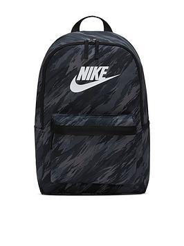 nike-heritage-backpack-blackwhite