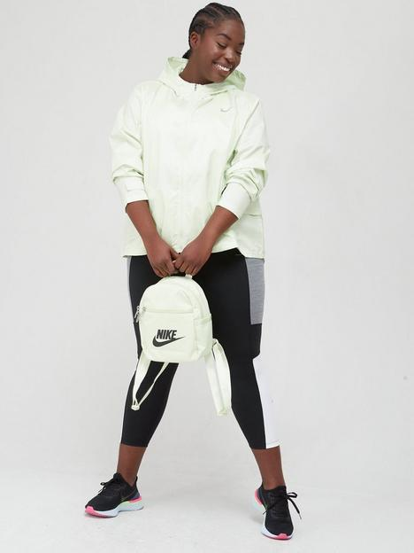 nike-curve-running-essential-jacket
