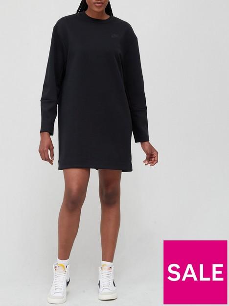 nike-nswnbspessential-tech-fleece-long-sleeve-dress-black