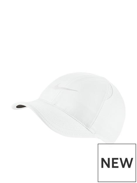 nike-nsw-featherlight-cap