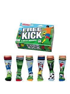 united-oddsocks-free-kick