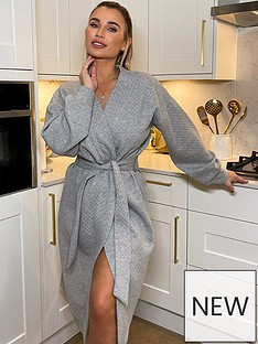in-the-style-in-the-style-xnbspbillie-faiersnbspquilted-head-in-the-clouds-dressing-gown-greynbsp
