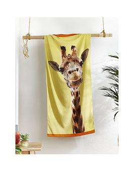 catherine-lansfield-giraffe-beach-towel