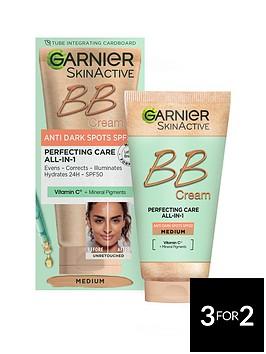 garnier-garnier-skinactive-bb-cream-anti-dark-spots-tinted-moisturiser-spf-50-brightens-and-evens-skin-with-vitamin-c-mineral-pigments-50-ml